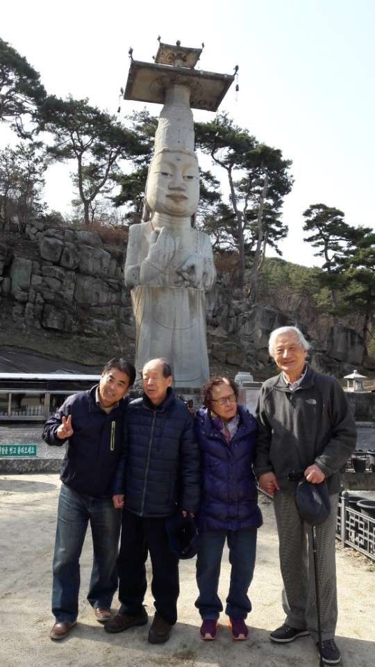 석등 은진미륵에서 같이 간 남승우 기사님과 함께 기념 사진