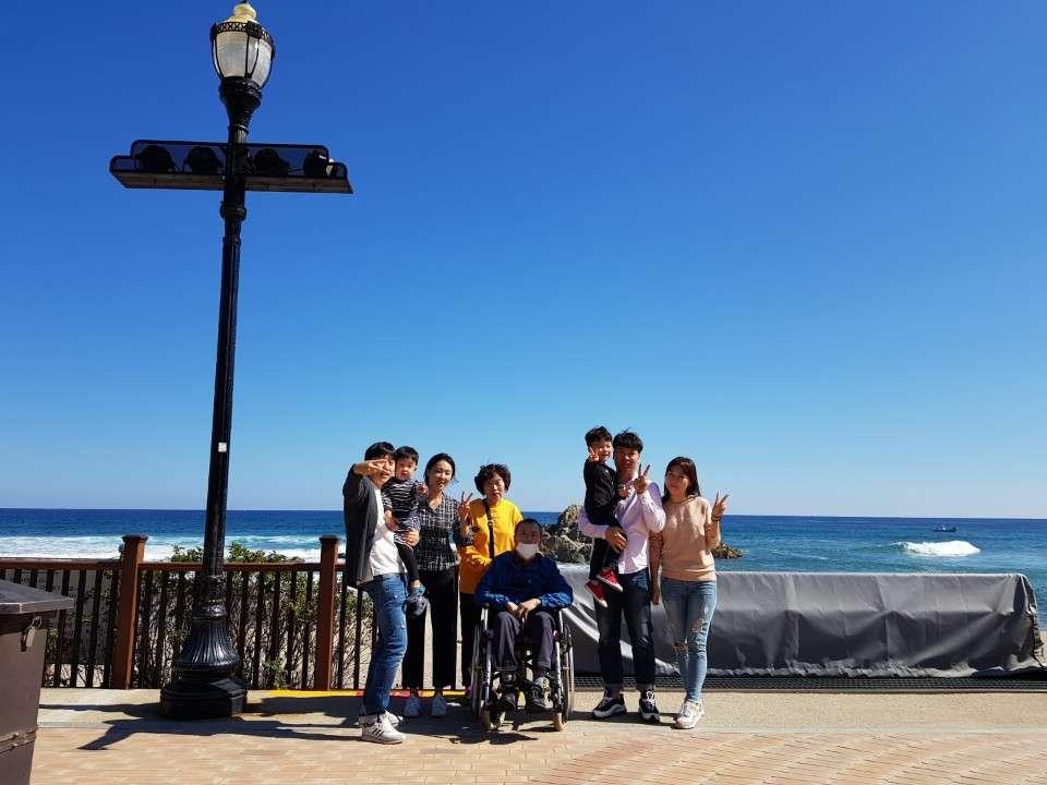 푸른바다 푸른하늘과 함께 행복한 우리가족♡