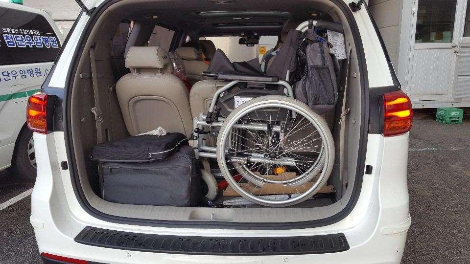 짐까지 꼼꼼하게 다 챙기고도 여유로운 트렁크 공간